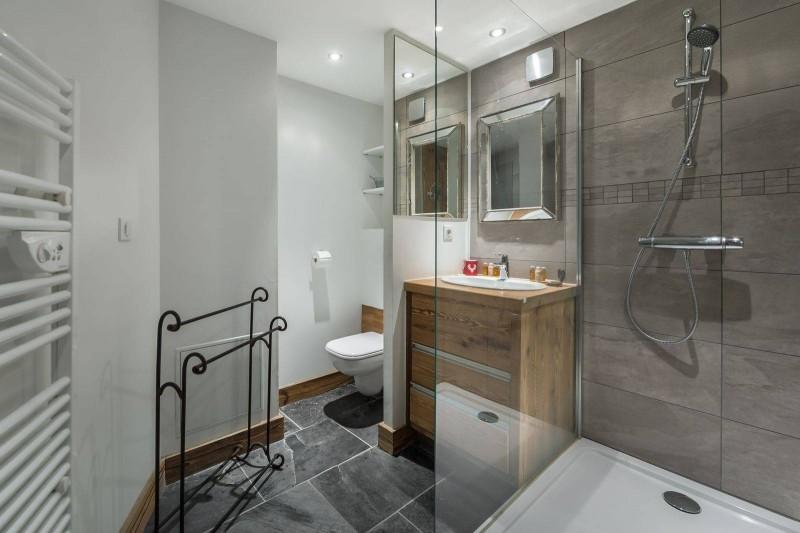 Courchevel 1300 Luxury Rental Appartment Tilure Bathroom 5