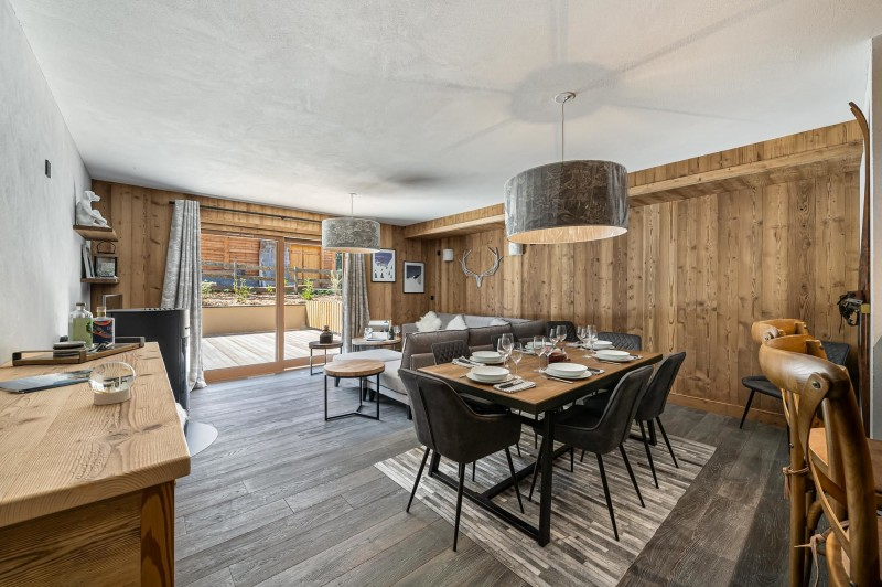 Courchevel 1300 Luxury Rental Appartment Tilate Dining Room