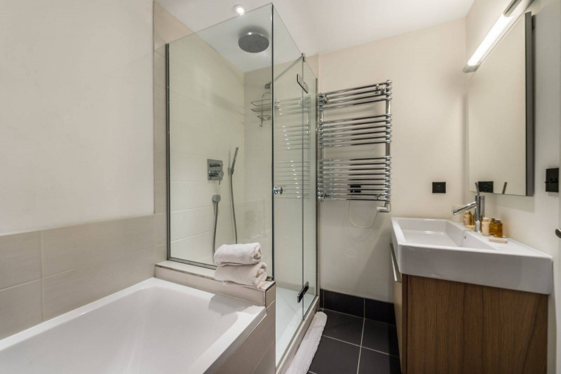 Courchevel 1300 Luxury Rental Chalet Nibate Bathroom 4