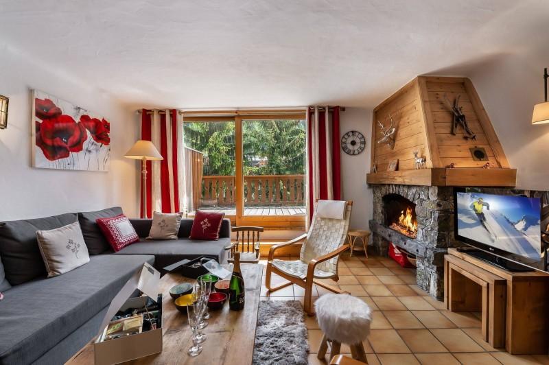 Courchevel 1300 Luxury Rental Chalet Nieruole Living Room