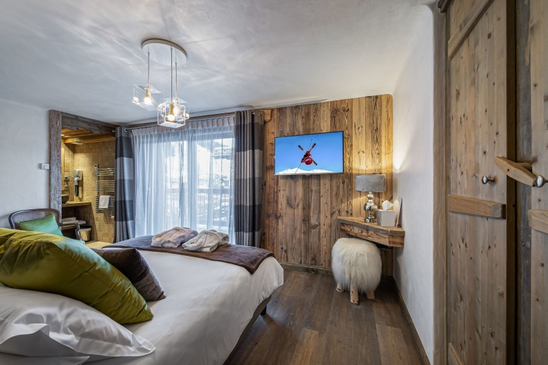 Courchevel 1300 Luxury Rental Chalet Noubate Bedroom 8