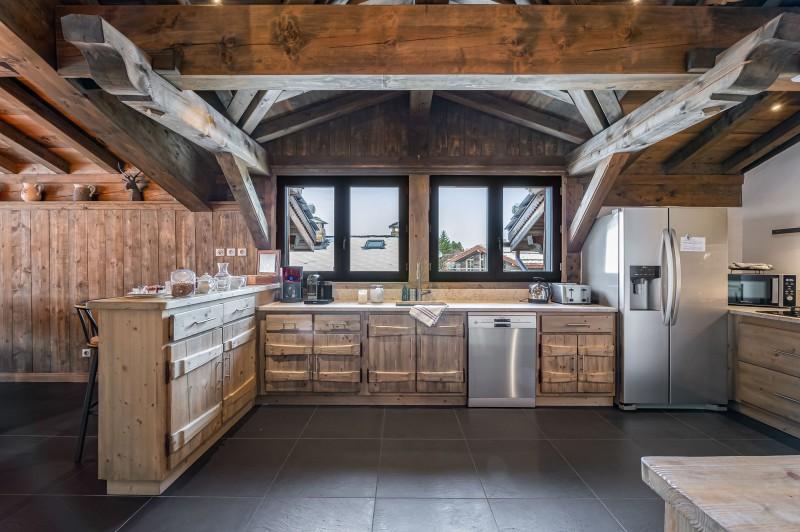Courchevel 1300 Luxury Rental Chalet Noubate Kitchen