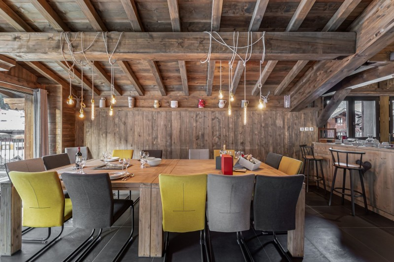 Courchevel 1300 Luxury Rental Chalet Noubate Dining Room 2