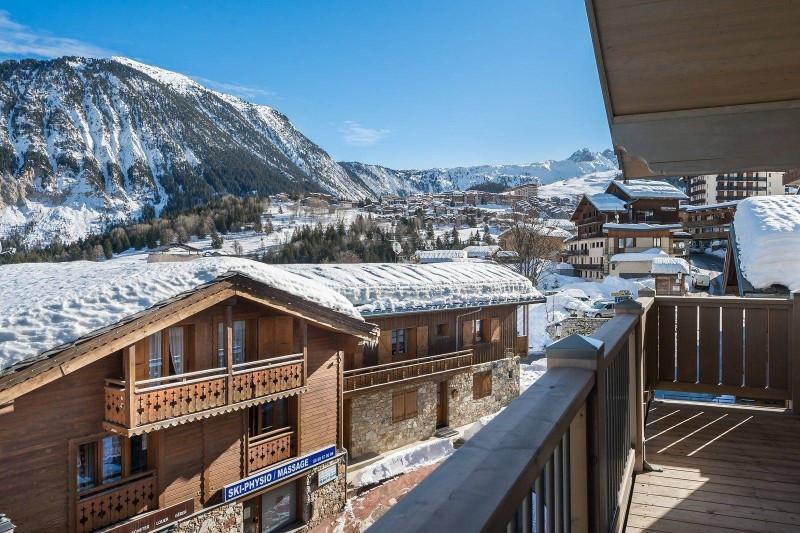 Courchevel 1550 Luxury Rental Appartment Telumite Balcony