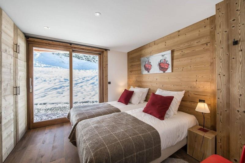 Courchevel 1550 Luxury Rental Chalet Nibite Bedroom 4