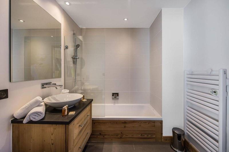 Courchevel 1550 Luxury Rental Chalet Nibite Bathroom