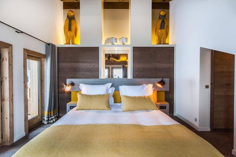 Courchevel 1550 Luxury Rental Chalet Niebite Bedroom 2