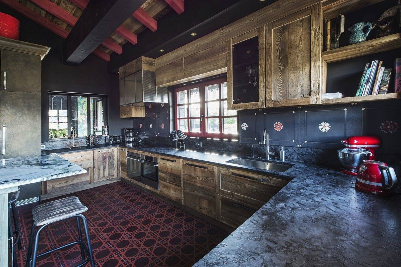 Courchevel 1550 Luxury Rental Chalet Niubise Kitchen