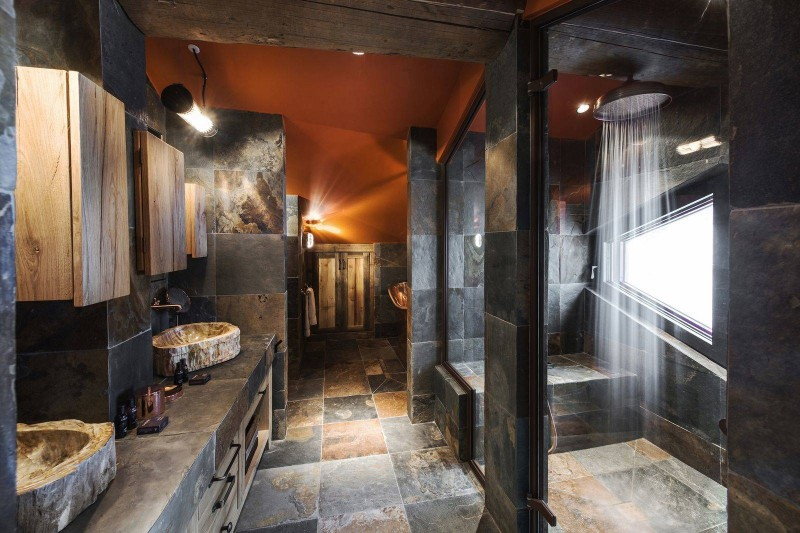 Courchevel 1550 Luxury Rental Chalet Niubise Bathroom 5