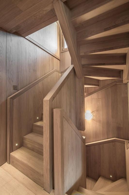 Courchevel 1550 Luxury Rental Chalet Niubite Stairs