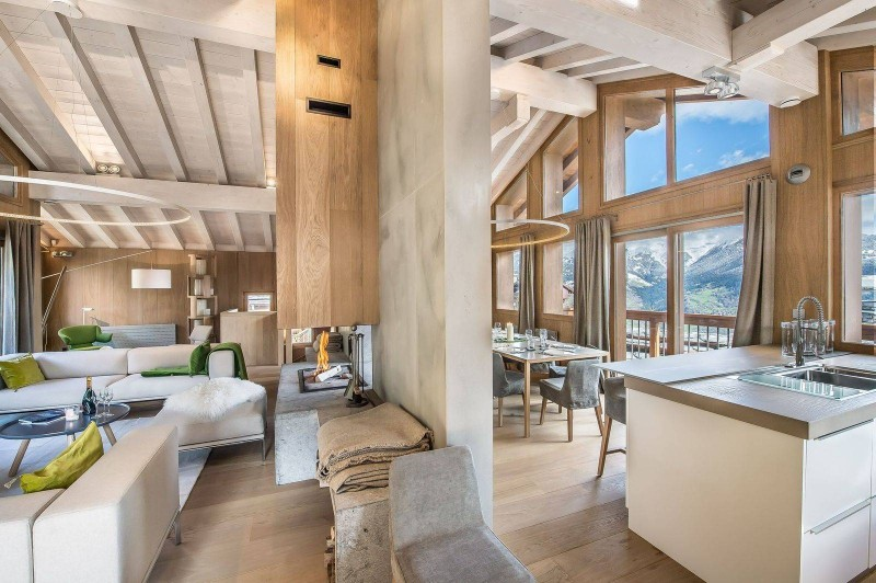 Courchevel 1550 Luxury Rental Chalet Niubite Living Room 2