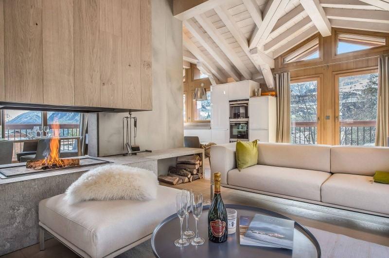 Courchevel 1550 Luxury Rental Chalet Niubite Living Room 3