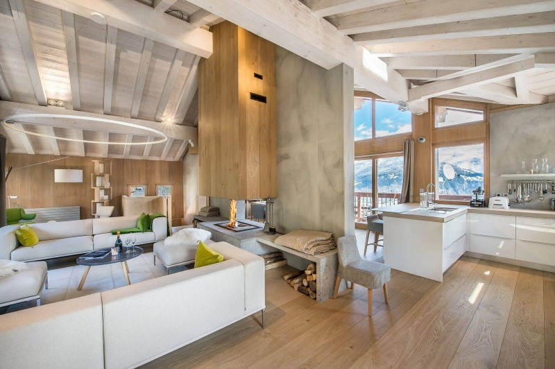 Courchevel 1550 Luxury Rental Chalet Niubite Living Room 4