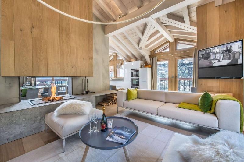 Courchevel 1550 Luxury Rental Chalet Niubite Living Room 5
