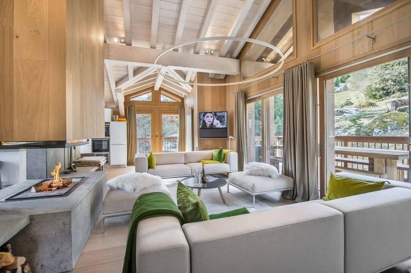 Courchevel 1550 Luxury Rental Chalet Niubite Living Room 6