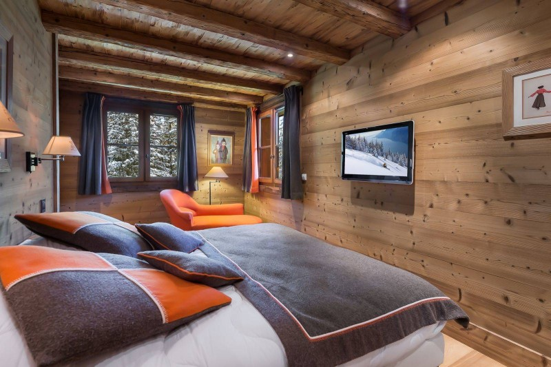 Courchevel 1550 Luxury Rental Chalet Niuréole Bedroom 5