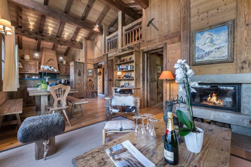 Courchevel 1550 Luxury Rental Chalet Niuréole Living Room
