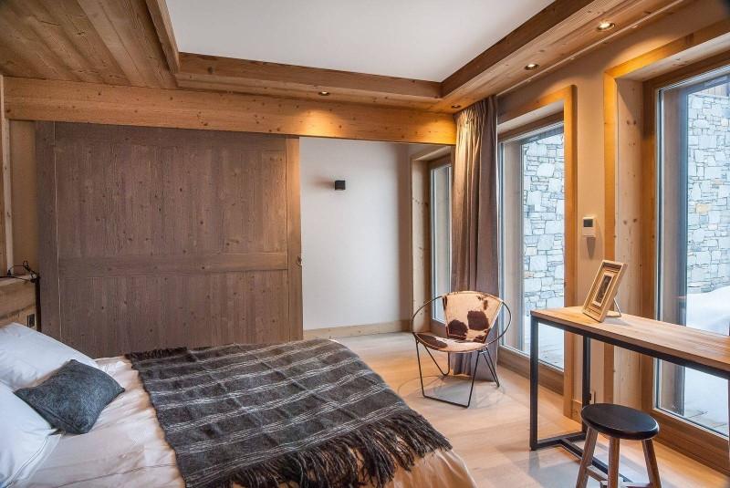 Courchevel 1550 Luxury Rental Chalet Niurer Bedroom