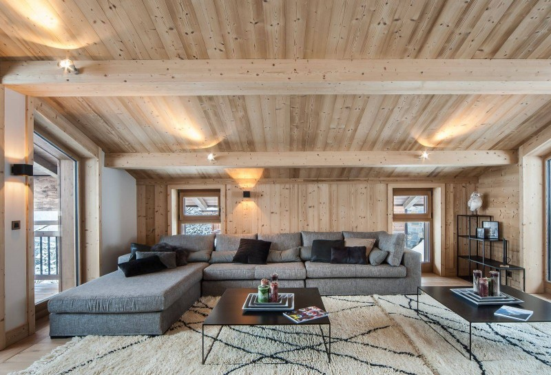 Courchevel 1550 Luxury Rental Chalet Niurer Living Room 2