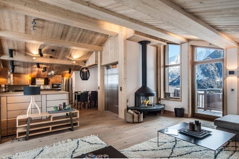 Courchevel 1550 Luxury Rental Chalet Niurer Living Room 3