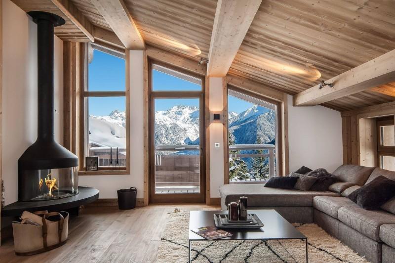 Courchevel 1550 Luxury Rental Chalet Niurer Living Room 4