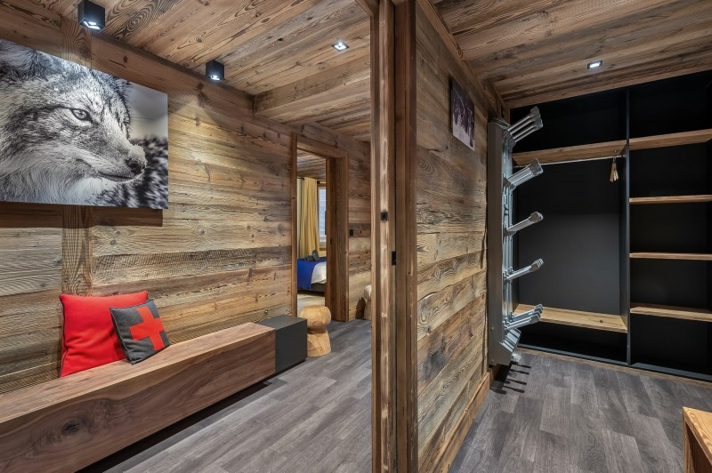 Courchevel 1550 Location Chalet Luxe Nuummite Local A Ski