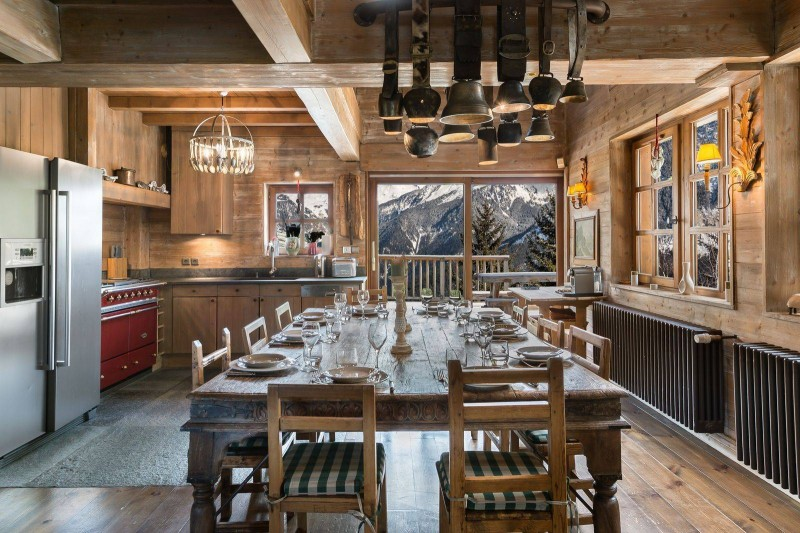 Courchevel 1550 Luxury Rental Chalet Tazoy Dining Room