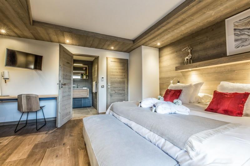 Courchevel 1650 Luxury Rental Appartment Akorlonte Bedroom 2