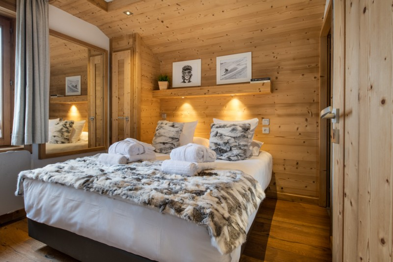 Courchevel 1650 Luxury Rental Appartment Aleksite Bedroom 3