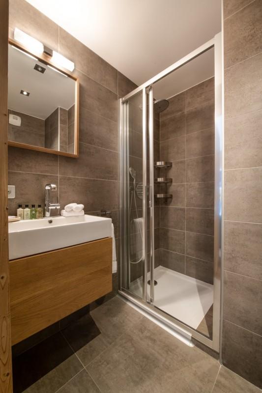 Courchevel 1650 Luxury Rental Appartment Aleksite Bathroom