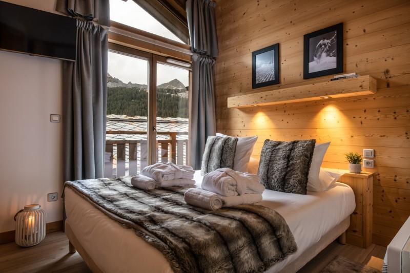 Courchevel 1650 Luxury Rental Appartment Allanite Bedroom 2