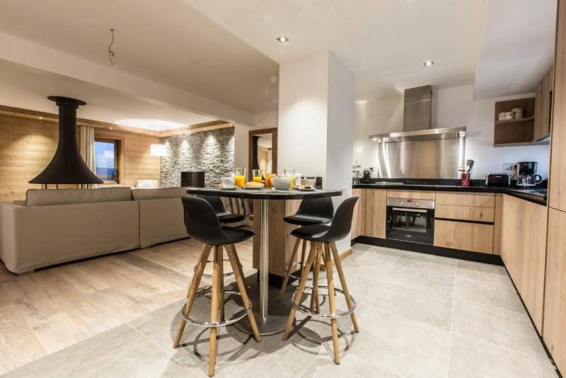 Courchevel 1650 Luxury Rental Appartment Alsola Kitchen