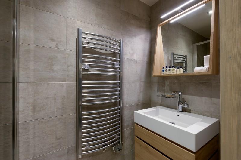 Courchevel 1650 Luxury Rental Appartment Altanto Bathroom 4