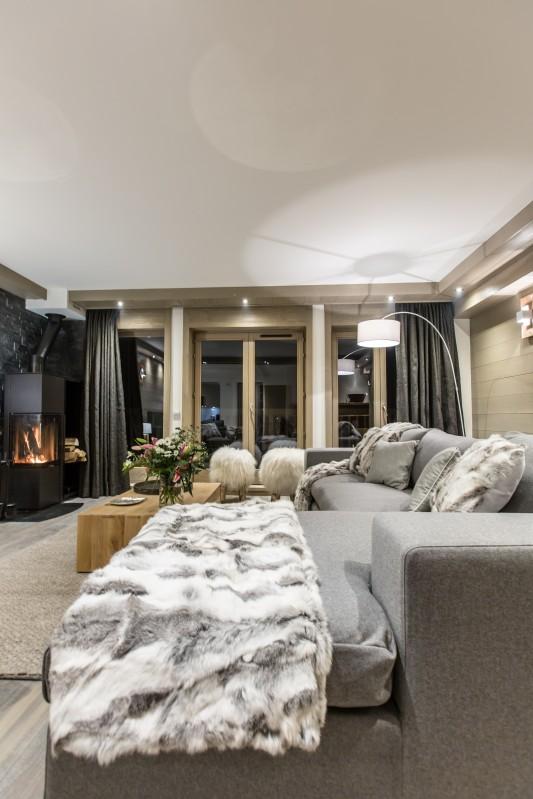 Courchevel 1650 Luxury Rental Appartment Altara Living Room