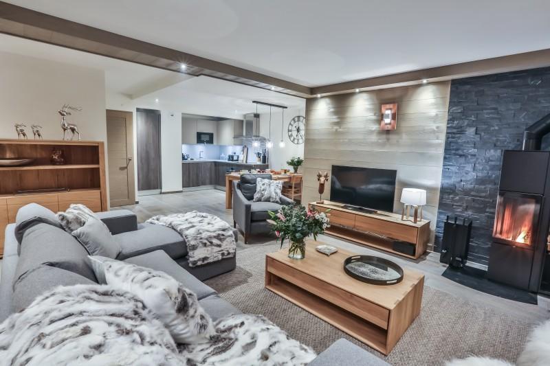 Courchevel 1650 Luxury Rental Appartment Altara Living Room 3