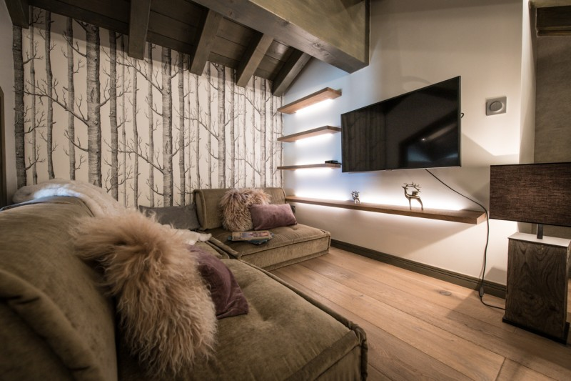 Courchevel 1650 Luxury Rental Appartment Alti Tv Room