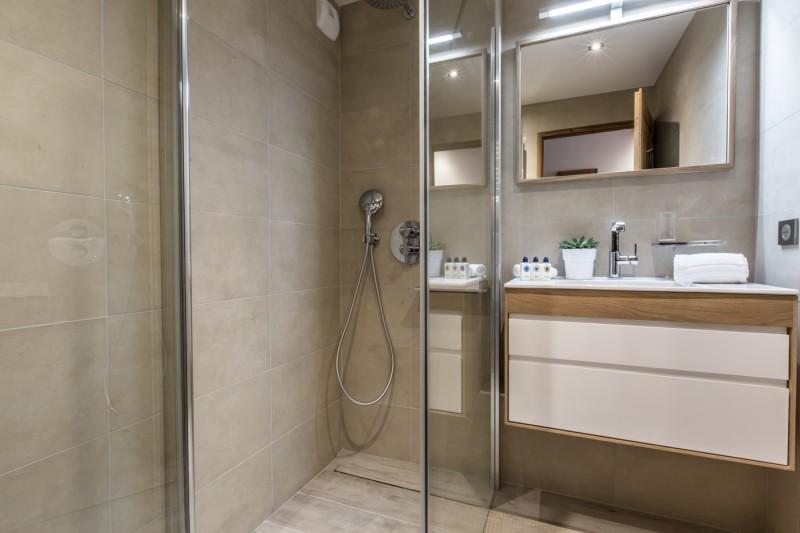 Courchevel 1650 Location Appartement Luxe Altu Salle De Bain 3