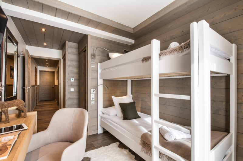 Courchevel 1650 Luxury Rental Appartment Amerile Bedroom 5