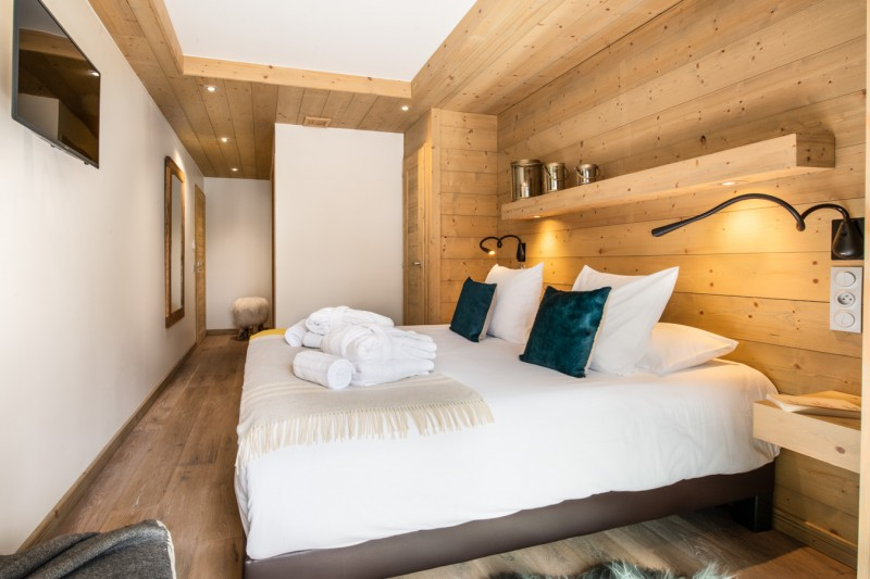 Courchevel 1650 Luxury Rental Appartment Amethyste Bedroom 2