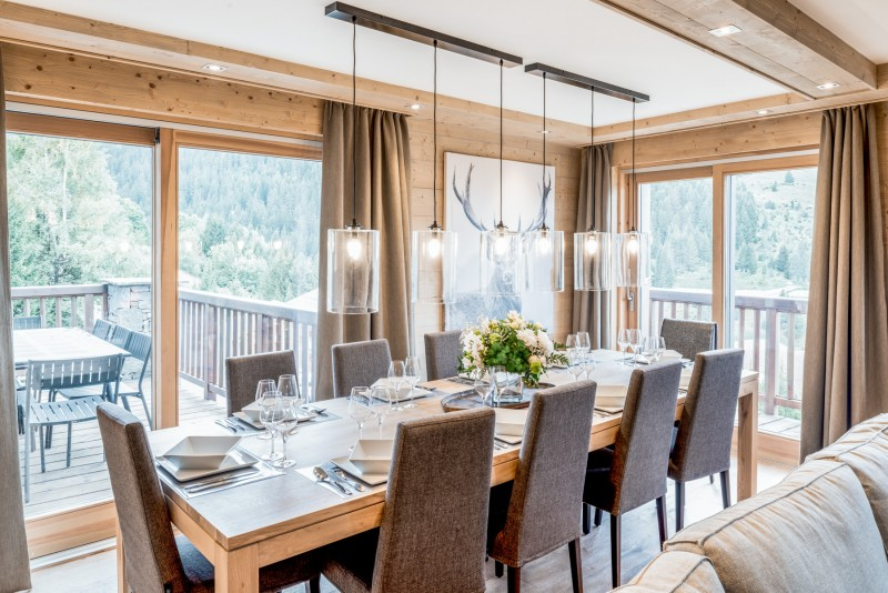 Courchevel 1650 Luxury Rental Appartment Amethyste Dining Room