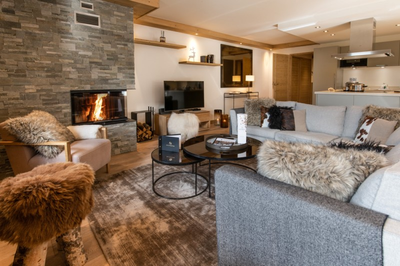 Courchevel 1650 Luxury Rental Appartment Amethyste Living Room 3