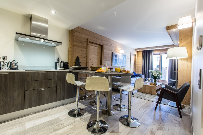 Courchevel 1650 Luxury Rental Appartment Amicite Dining Room