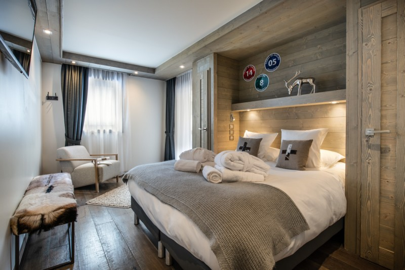 Courchevel 1650 Luxury Rental Appartment Apatite Bedroom 3