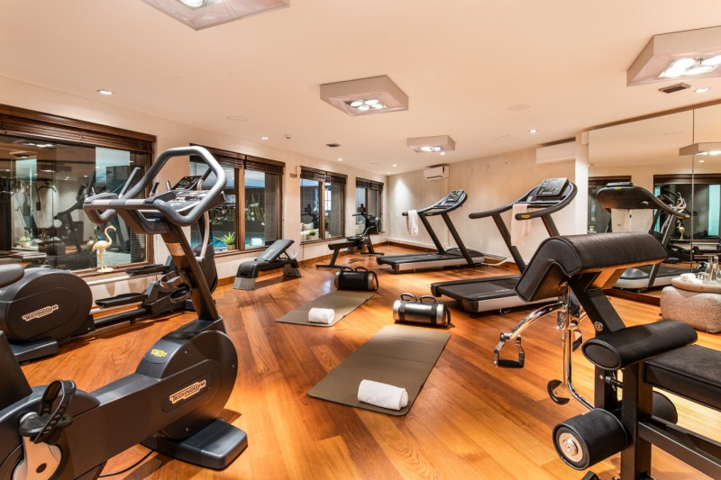 Courchevel 1650 Luxury Rental Appartment Aurilite Fitness Room