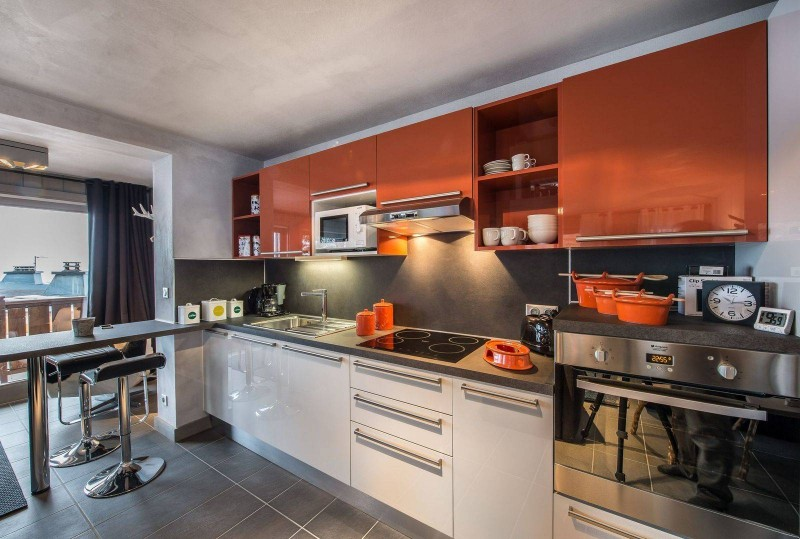 Courchevel 1650 Luxury Rental Appartment Simeline Kitchen 2
