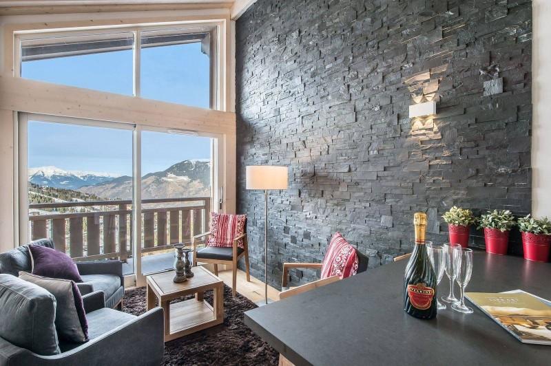 Courchevel 1650 Luxury Rental Appartment Tengerite Living Room 2