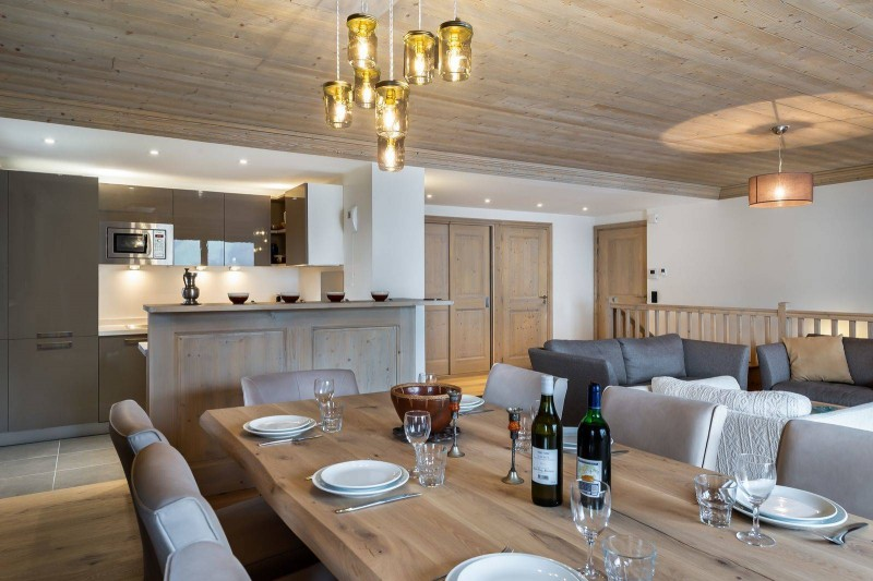 Courchevel 1650 Luxury Rental Appartment Dining Room