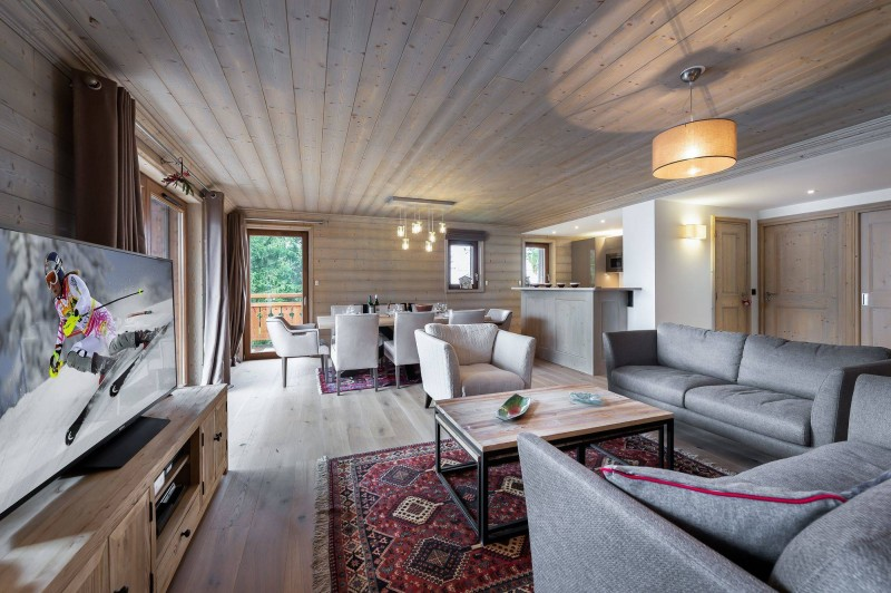 Courchevel 1650 Luxury Rental Appartment Living Room 3