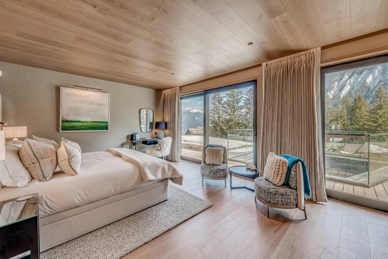 Courchevel 1650 Luxury Rental Chalet Elana Bedroom 4