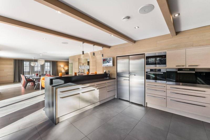 Courchevel 1650 Luxury Rental Chalet Nexilovite Kitchen